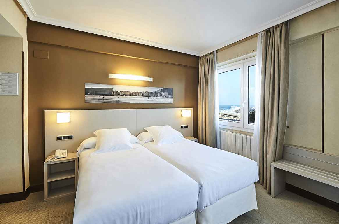 Hotel Parma 2 Stars San Sebastian Tourism